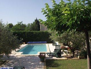 Festival d'AVIGNON maison avec piscine a 15 mn d'Avignon