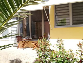 appartement T2 (2 pers) de 42 m2 rez de chaussee climatise et acces internet