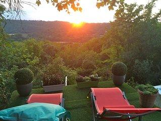Maison de campagne avec piscine privée, 11 hectares de terrain et forêt, calme