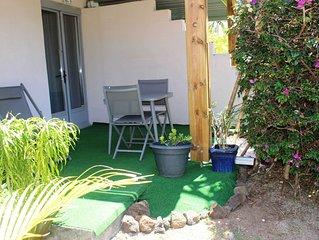A 300m du lagon, T1 dans petite résidence nichée dans un jardin tropical