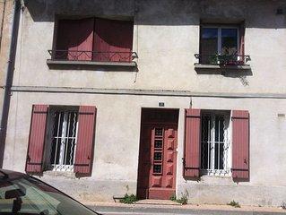Maison de village a proximite d'Avignon  (Roquemaure)