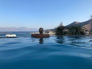 Villa DORE, vue magnifique sur la mer et la baie de mirabello