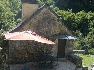 Petit Gîte-Maison sur propriété de 5 ha, piscine, sauna,salle sport,chevaux,ân