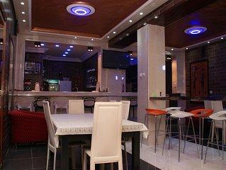 HOTEL LES MAMELLES  DE LUXE