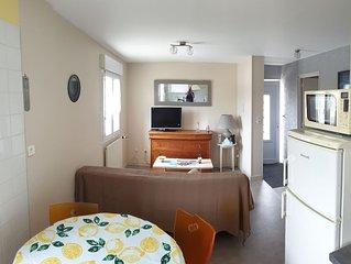 Appartement meublé 50 m 2 pour 4 pers. max à 1500 m de la plage d'Hatainville.