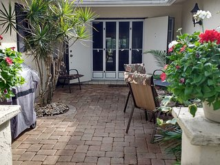 Classic 1700 Sq Ft Villa - Palm Aire Country Club, Sarasota