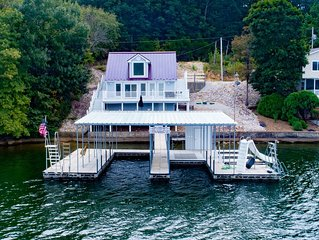 Charming Waterfront Vacation Home – Sleeps 12