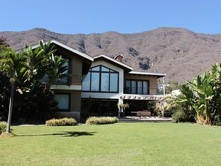 BEAUTIFUL HOUSE WITH VIEW OF THE CHAPALA LAKE