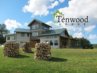 Fantastic Family Retreat - 4 or 6 Bedroom options - Tenwood Lodge
