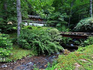 NEW LISTING! Secluded, dog-friendly home w/ outdoor dining area, & a firepit!