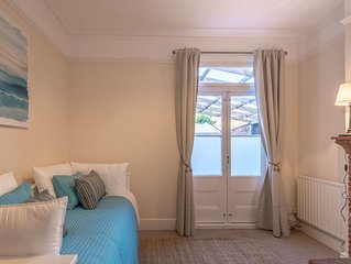 LARGE FAMILY HOME IN CAMBRIDGE ON THE EDGE OF JESUS GREEN AND MIDSUMMER COMMON