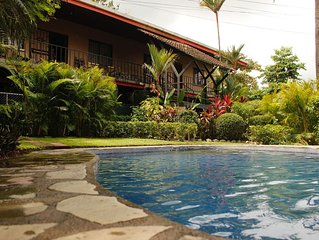 Tidy Clean fully equipped apartment with pool very close to Playa Hermosa,Jaco.