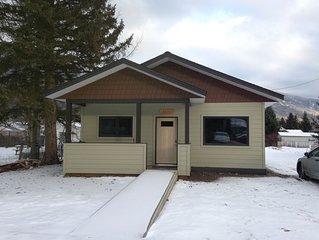 Ann's Little House in McBride: a cozy, comfortable haven!