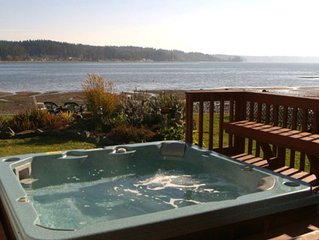 Allyn Beachfront -Hot Tub, 4-Kayaks, Canoe, Firepit, Close to Seattle & Olympics