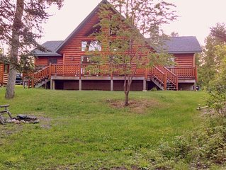 Bargain fall/winter/spring rates. Lakefront privacy & campfire pit.