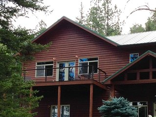 Gorgeous Cabin in the Woods, Near Black Hills Attractions