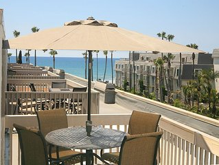 INQUIRE ABOUT 10% JUNE WEEKLY DISCOUNT! Beautiful ocean views, remodeled 2bdrm p