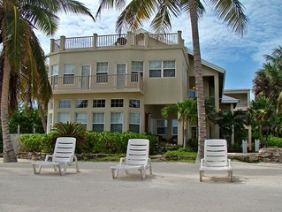 Ocean Front Condo With Private Roof Top Deck
