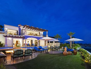 The Residences/Luxerious Private 4 BR Oceanfront Villa - Available Holidays