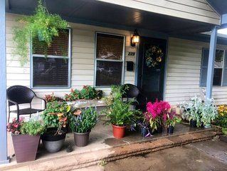 Homegrown Garden Home – Short or Extended Stays