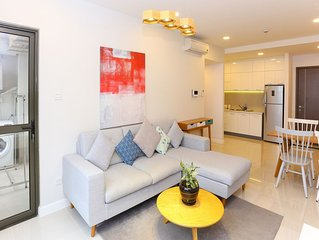2BR 2WC modern apt ★ river view, free rooftop pool