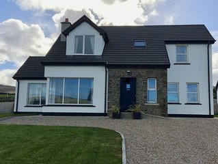 Located on the Wild Atlantic Way in the picturesque village of Dunfanaghy