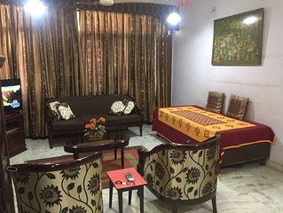 Beautiful flat in Hauz Khas  close to important land marks in NewDelhi