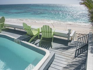 3 bedrooms on PINK sand beach with pool~ Hope Town, Bahamas