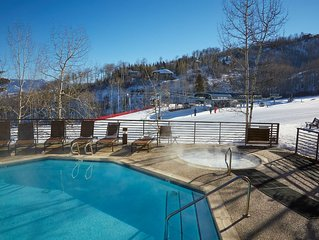 Ski-in/ski-out condo with community pool & hot tub