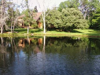 Waterfront Secluded Log-house w/Sauna, Games, More, Mins To Town & Activities