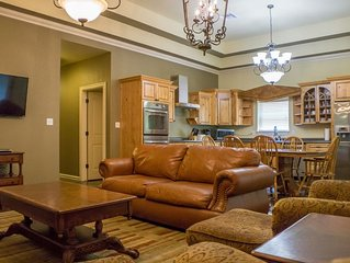 Perfect Home For Family Getaway with Pool Access and Boat Rental Available
