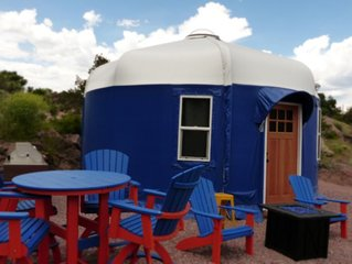 Beach Front Yurts 'Blue Heron' | Royal Gorge Rafting Adventure Beach Outpost