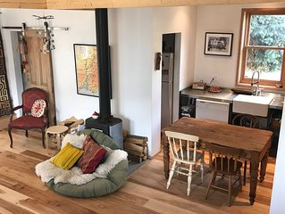 Light, Modern House with parking & garden in downtown Crested Butte