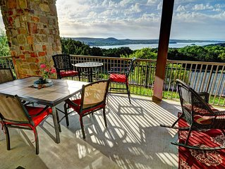 Hill Country Oasis - Unobstructed, Serene and Private view of Lake Travis