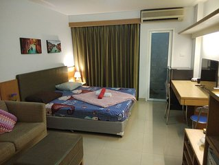 Savi Rooms..Super Deluxe Studio(2)near Bkk/Piyavet hospital & famous night life