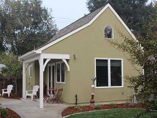 The Fig Tree Cottage in Heart of Land Park