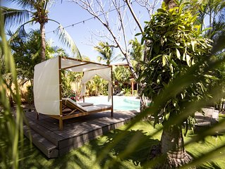 Boutique Hotel Beach Getaway, Within the National Park