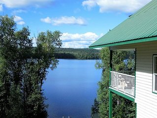 Birch Haven - A Luxury Lakefront Cottage On Pristine Horsefly Lake