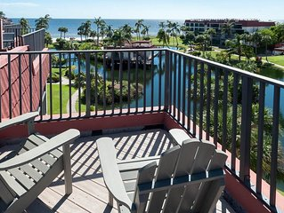Pointe Santo, Sanibel, Penthouse Condo D42 with Great Gulf Views! ,