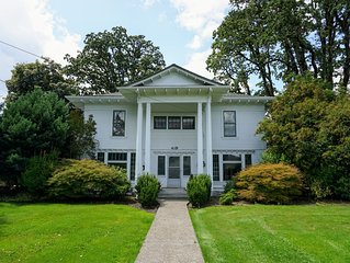 The Alexander - A Stately Colonial-Style Luxury Home