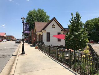 Downtown Elkin, NC - Trails, Wineries, Entertainment, Restaurants, and more.....