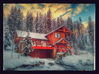Jackpine Lodge, Stay 3, Pay 2**,  Private Hot Tub, Pool Table,