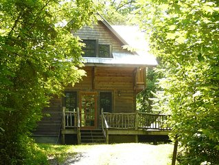 Comfortable, Quiet Cabin with Private, Scenic Hiking Trails