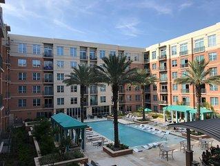 ResortStyle Pool View Condo Market Street, The WoodlandsHL36
