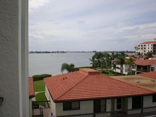 Great Prices-Perfect location- Wonderful Condo at Isla Del Sol, Bahia Del Mar