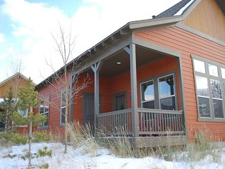 Premier Location Ski In/Out, 3 Bdrm/3 Bath Cabin w/New Hot Tub!