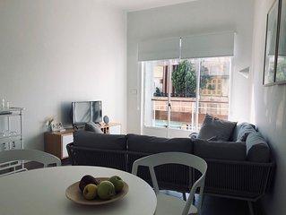 Light & Bright, Newly Renovated European Apartment