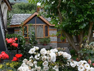 Shoran in Treetops Cottage - Standalone Bungalow