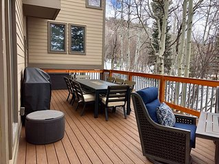 Great Location!  Walk To Park City Mountain Lifts and Trails. Family Friendly