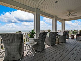 Beautiful 3 Story Ocean Views 5 bedroom